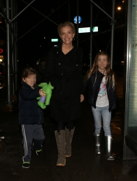Megyn Kelly and her family head to dinner in NYC