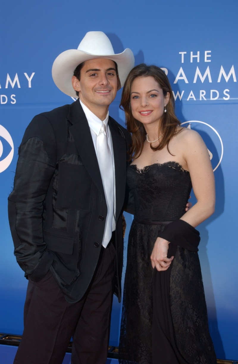 Brad Paisley and Kimberly Williams-Paisley at the Grammys in 2002