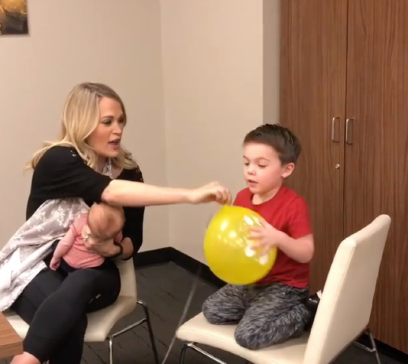 carrie-underwood-isaiah-fisher-baby-jacob-balloon