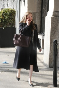 Expecting Mother Chelsea Clinton Arrives Home To Her Apartment In New York City