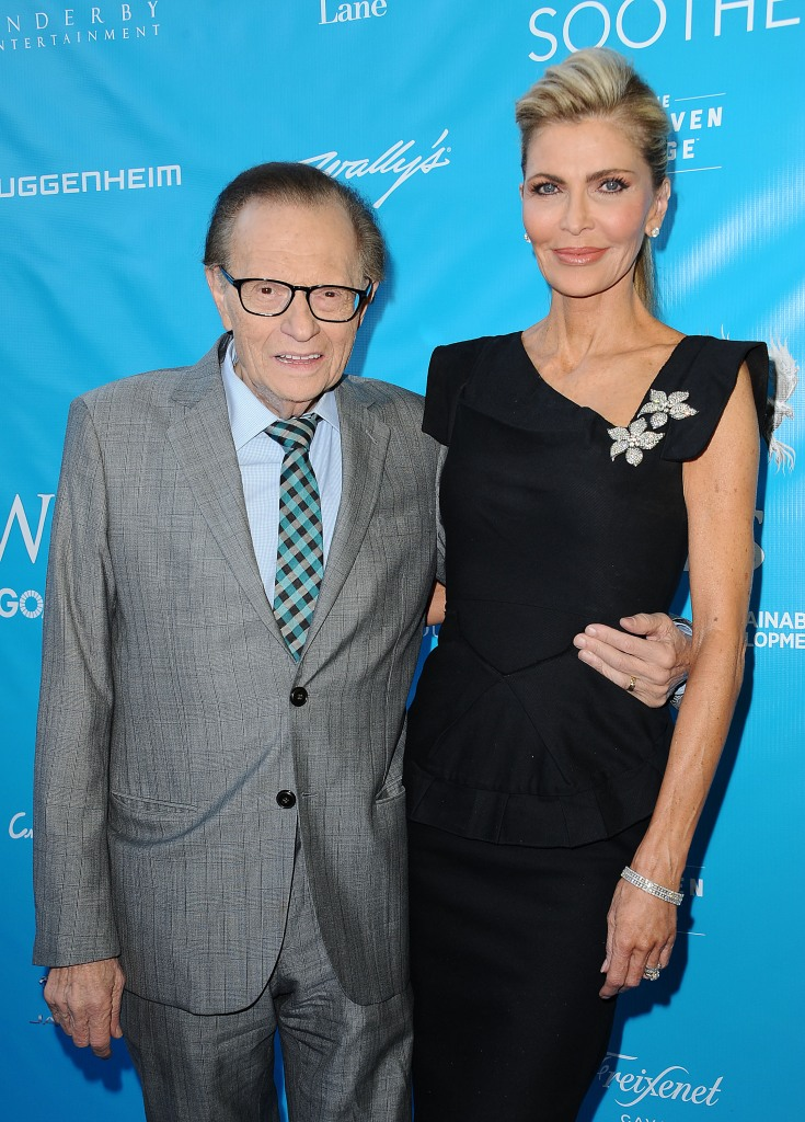 Larry King Gushes He U0026 39 S  U0026 39 Blessed U0026 39  To Have Survived Cancer
