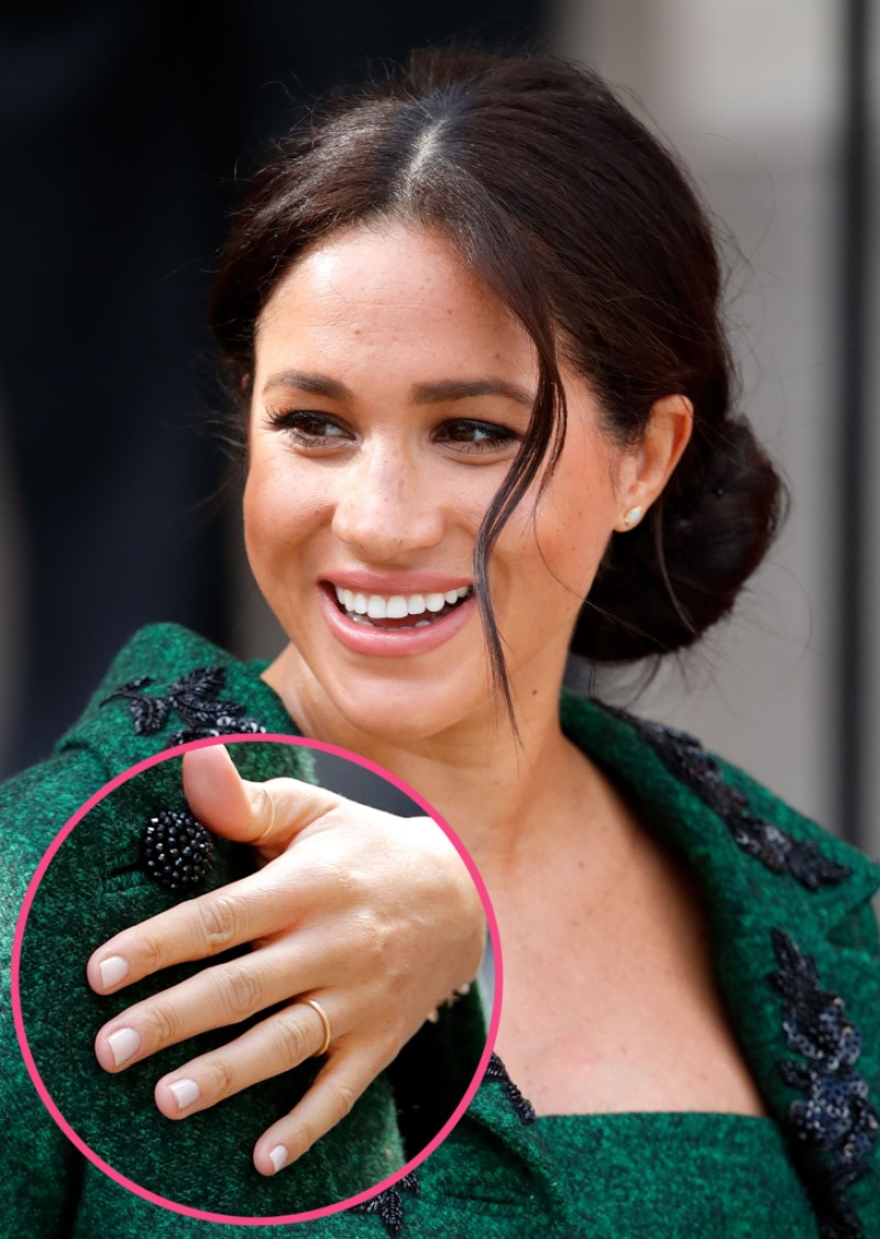 Meghan Markle Skips Engagement Ring For Commonwealth Day
