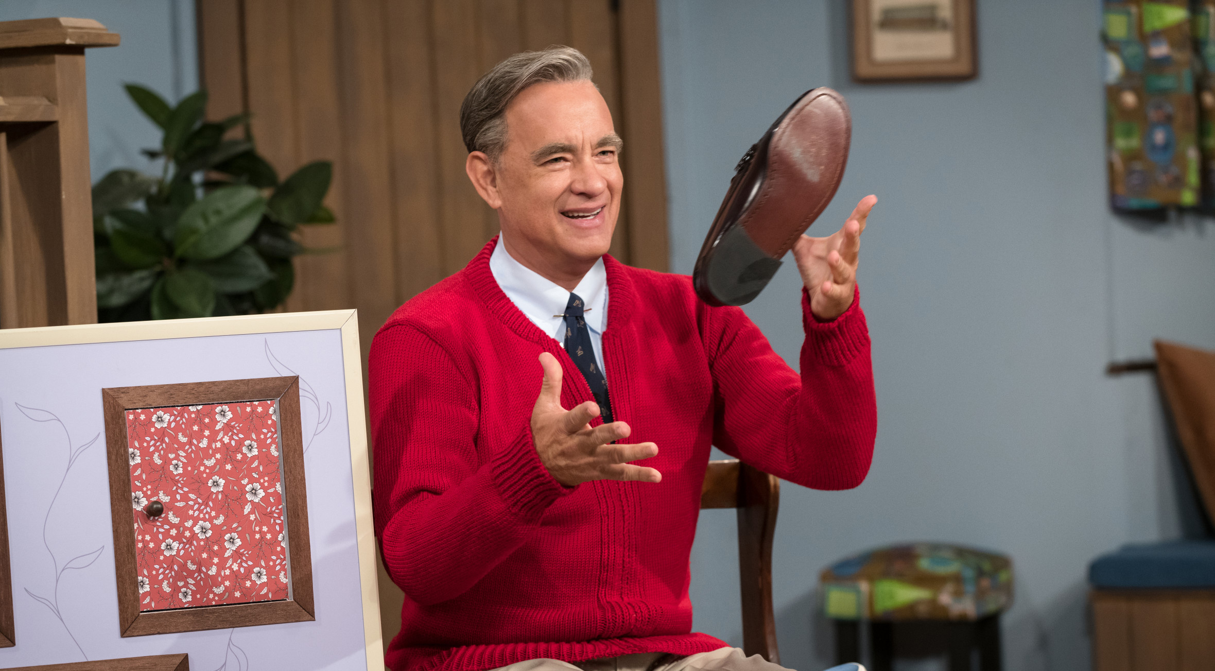 Tom Hanks As Mister Rogers Watch The First Trailer For The Biopic