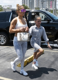 Jennifer Lopez Somi Fitness Gym Emme