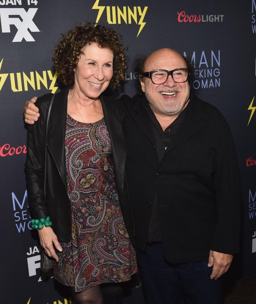 Rhea-Perlman-and-Danny-DeVito