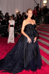 Heidi Klum attends the 2016 Met Gala