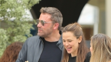 jennifer-garner-ben-affleck-take-their-kids-to-church-april-28-exes2