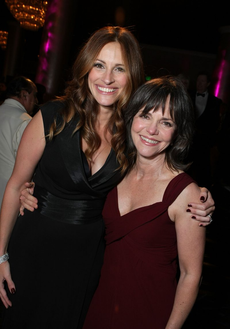 Julia Roberts and Sally Field