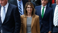 lori-loughlin-in-denial-about-possible-jail-time-college-admissions-cheating-scandal