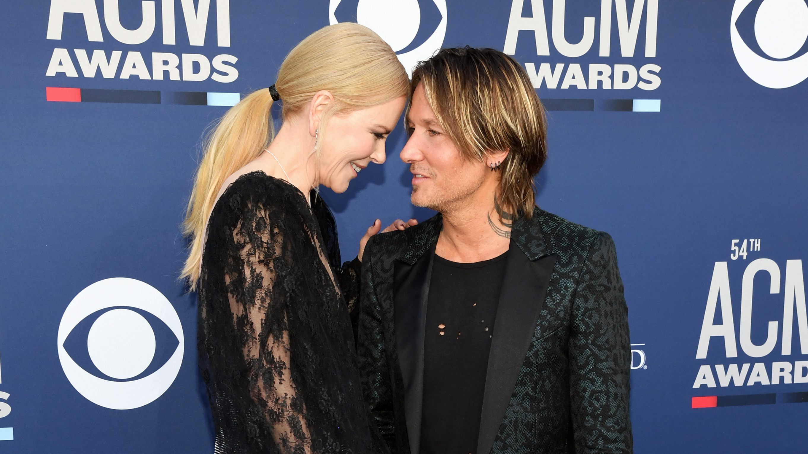Nicole Kidman From Keith Urban: Flipboard: Keith Urban Gives Chilling Performance Of