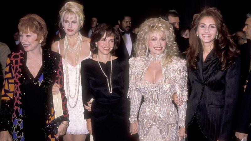 Shirley MacLaine, Daryl Hannah, Sally Field, Musician Dolly Parton and Julia Roberts