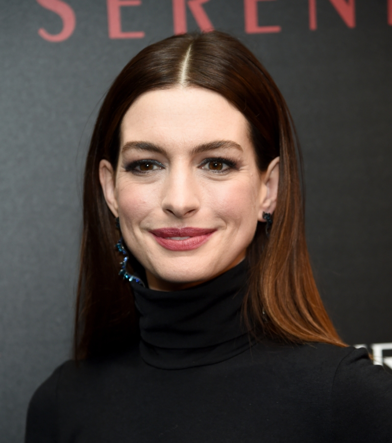 Anne Hathaway Apologizes To Australia For Harsh Accent In Film