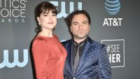 Johnny Galecki and Alaina Meyer pregnant