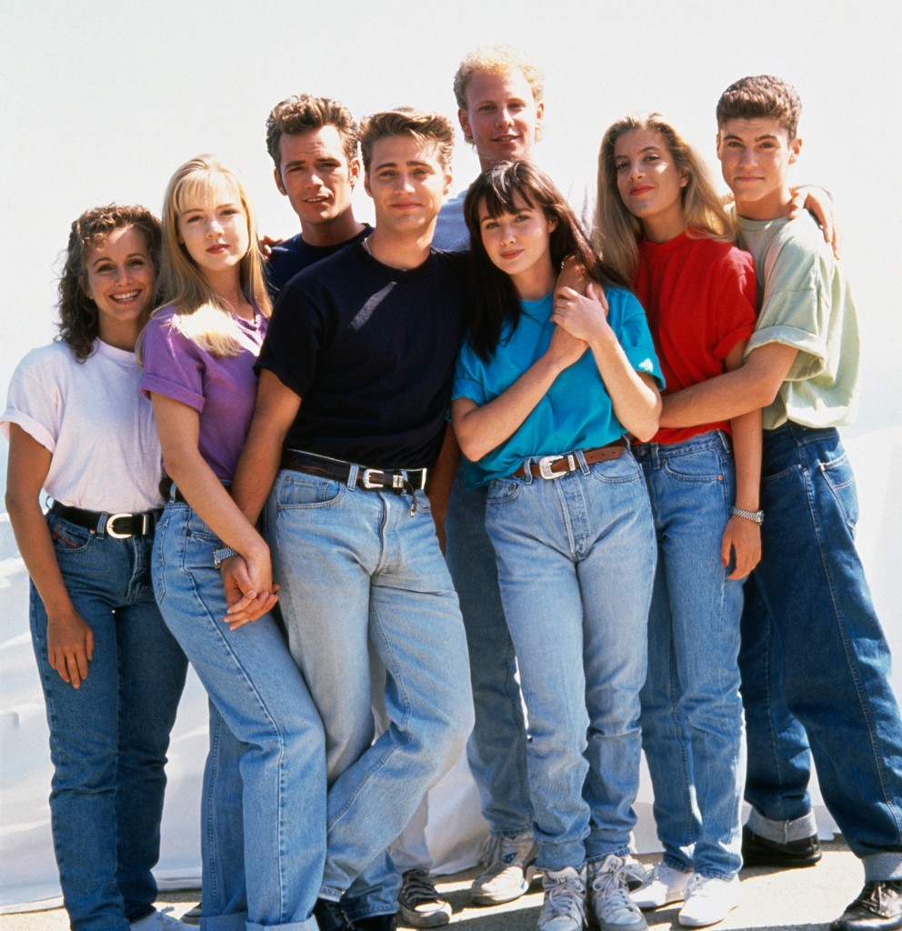 cast-of-bh90210-pics-gabrielle