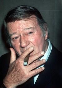 john-wayne-cigar