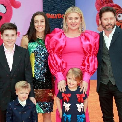 kelly-clarkson-husband-brandon-blackstock-daughter-river-rose-daughter-savannah-son-remington-son-seth-family