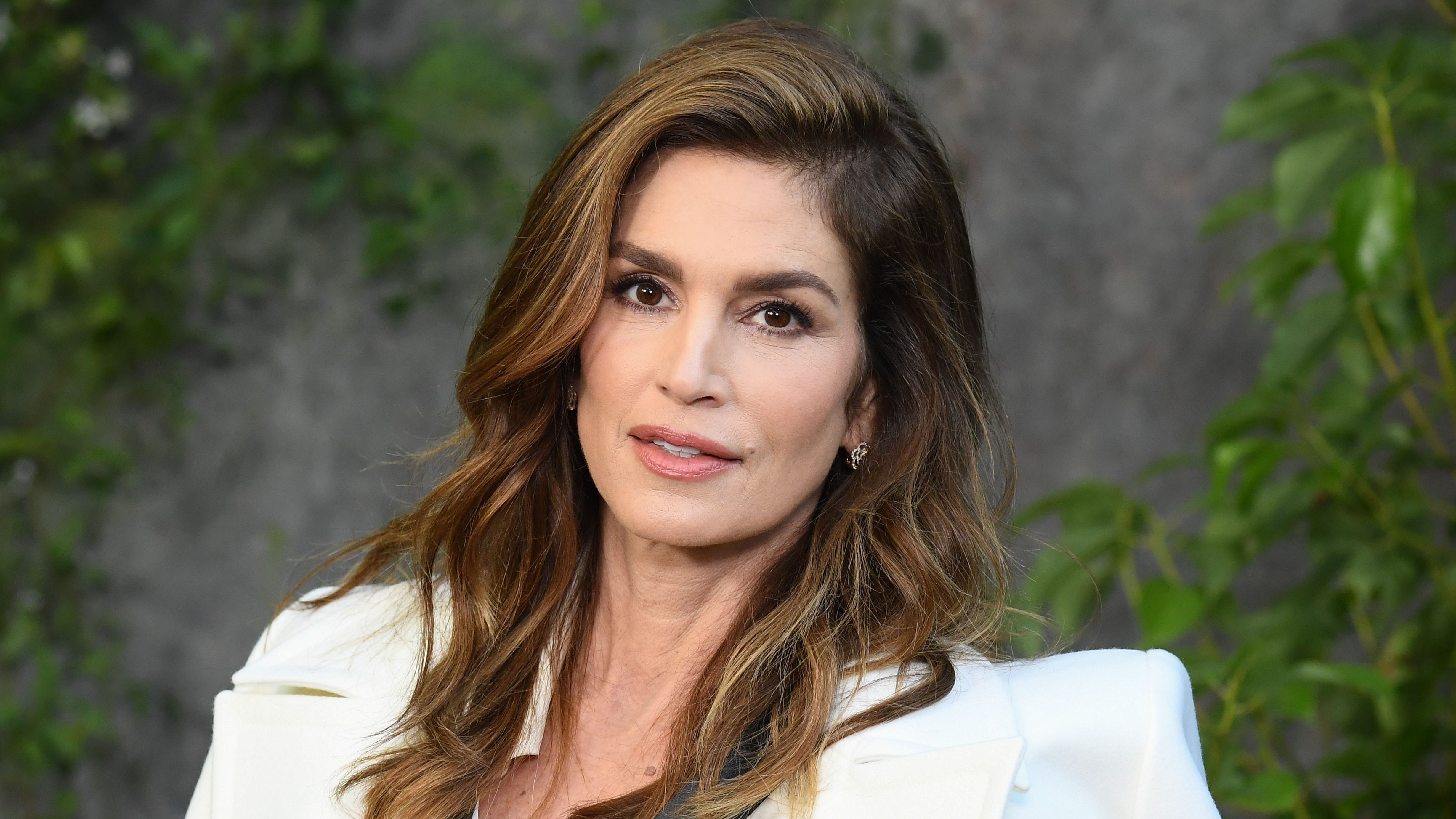 Cindy Crawford Reveals Why She Still Models Nude in Her 50s: 'Theres Still Beauty in That'