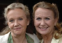Hayley-Mills-and-Juliet-Mills