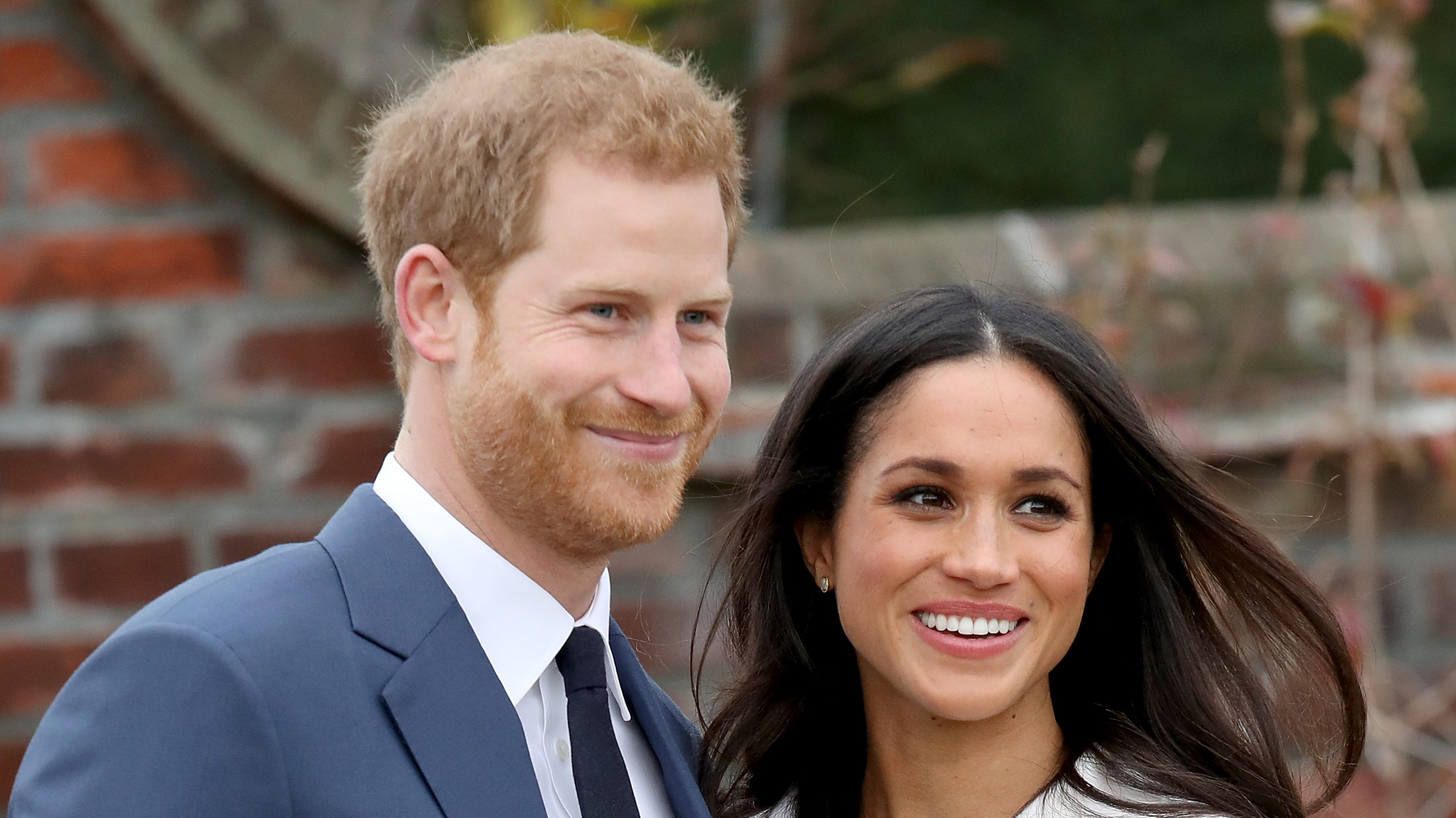 Cute!Prince Harry and Meghan Markle Share New Photo of Baby Archie in Honor of Father's Day