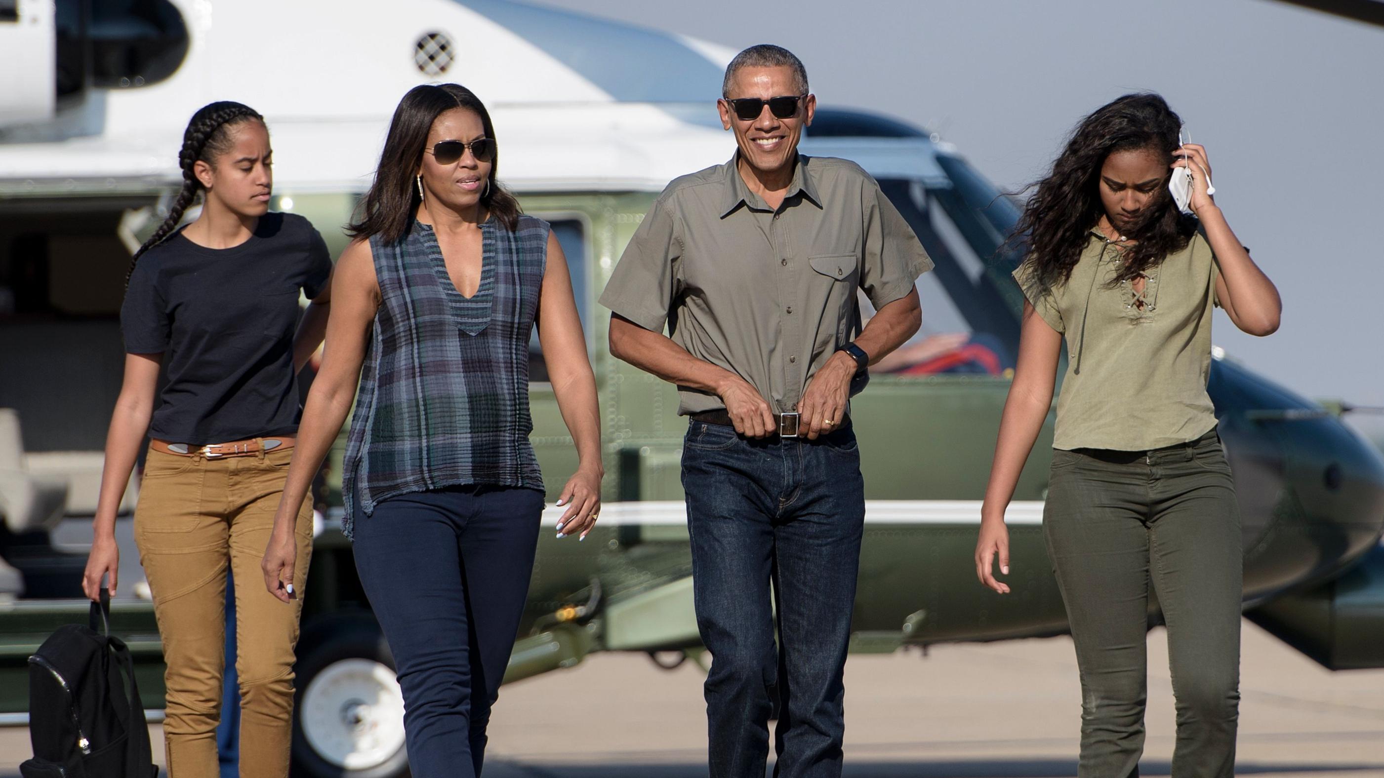 Barack and Michelle Obama's Daughters: Meet Malia and Sasha