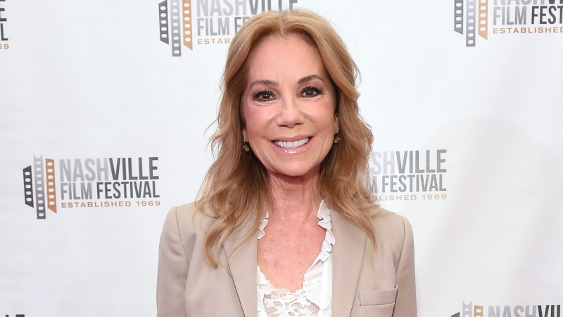 ExclusiveKathie Lee Gifford Is Open to Finding Love Again After Husband Frank Gifford's Death: 'A Girl Can Dream'