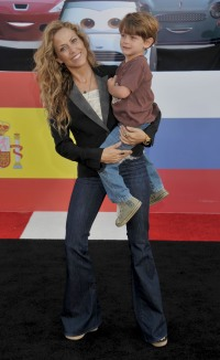 sheryl-crow-son-wyatt-crow