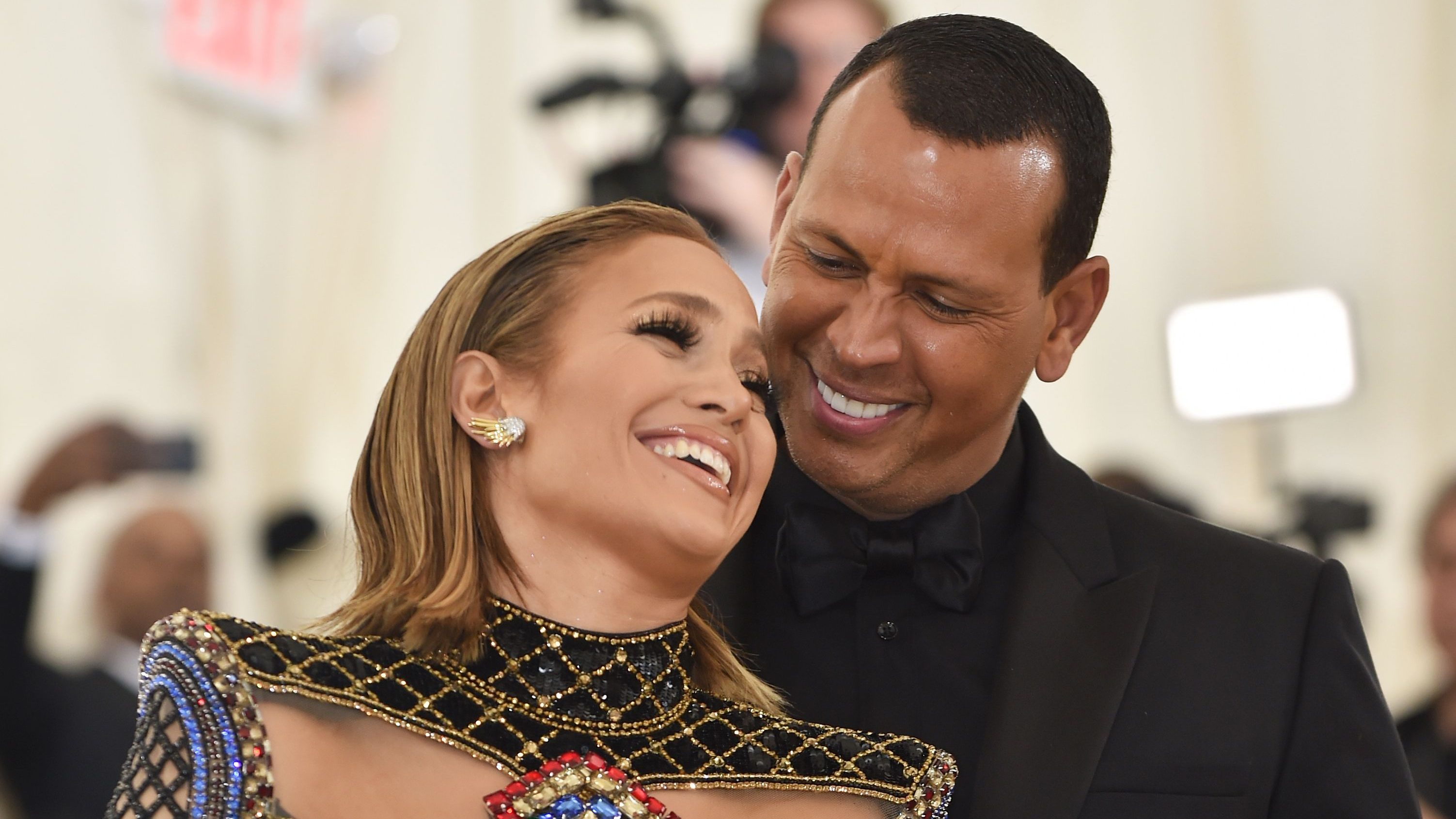 Alex Rodriguez Comforts Jennifer Lopez After Rough Concert: 'You Don't See How Great You Are'