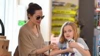 angelina-jolie-daughter-vivienne-pet-bunny-pet-store