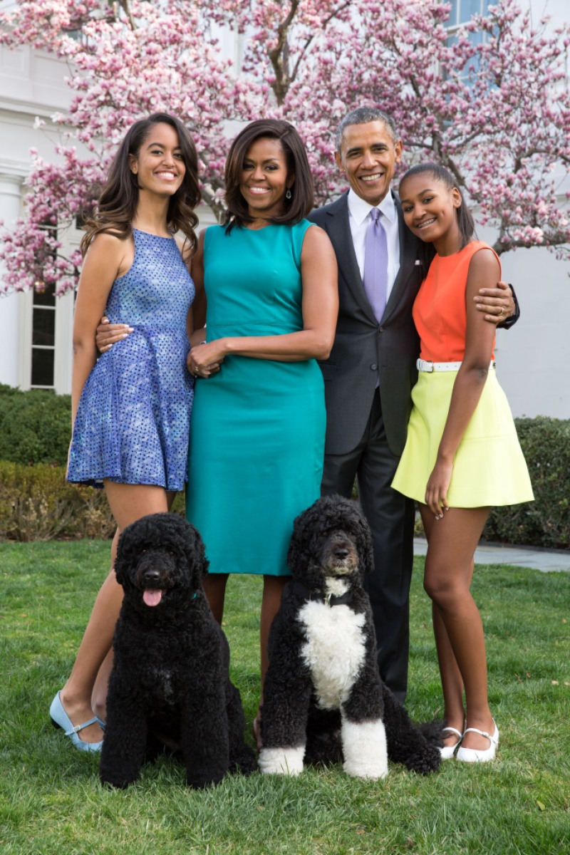 barack-obama-michelle-family-daughters