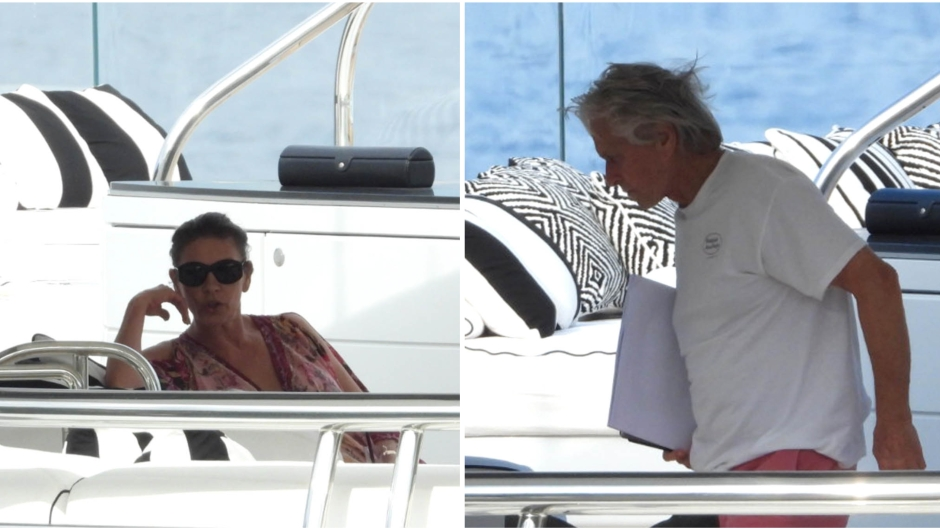 catherine-zeta-jones-michael-douglas-yacht-portofino-vacation