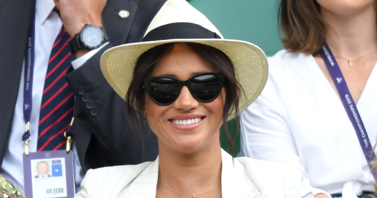 Meghan Markle S Gold A Initial Necklace For Son Archie Meaning