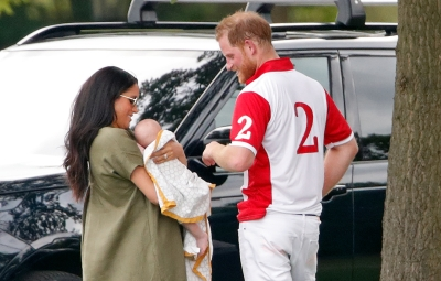 prince-harry-meghan-markle-reveal-archie-can-lift-his-head