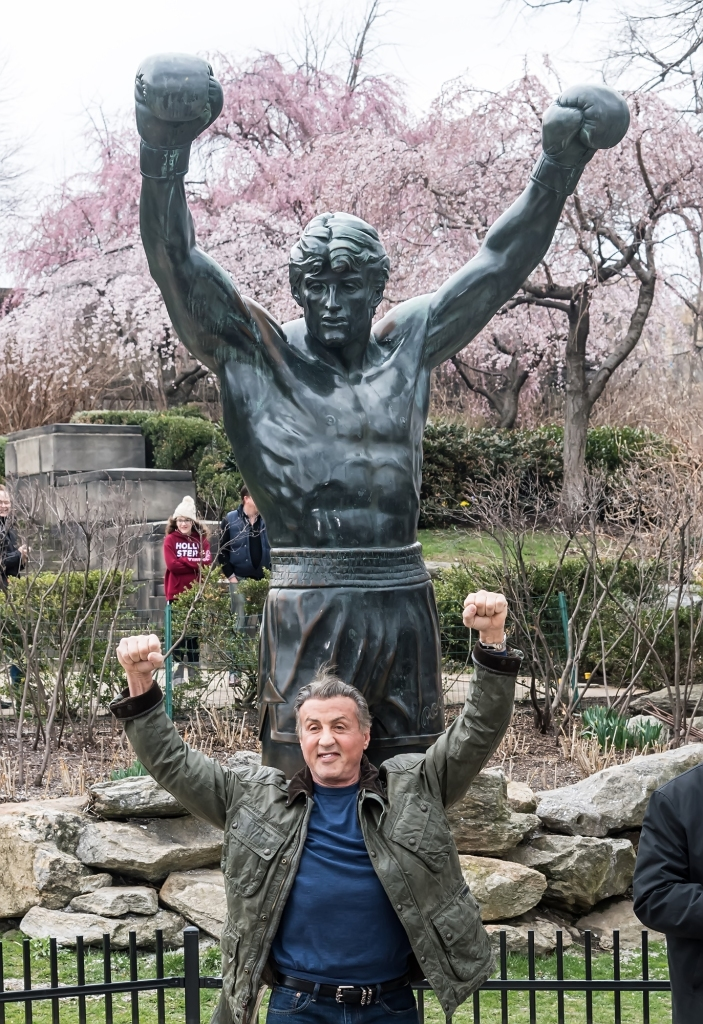 sylvester-stallone-rocky-statue