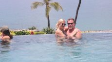 Tori Spelling and Dean McDermott Are All About PDA While in Hawaii — Take a Look!