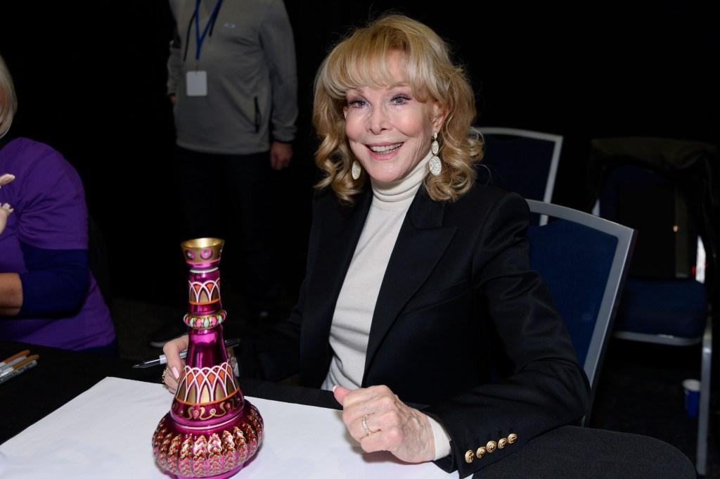 barbara-eden-and-jeannie-bottle