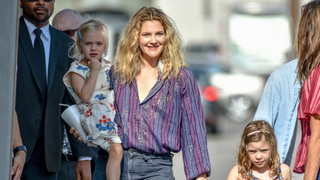 drew-barrymore-daughters-olive-frankie
