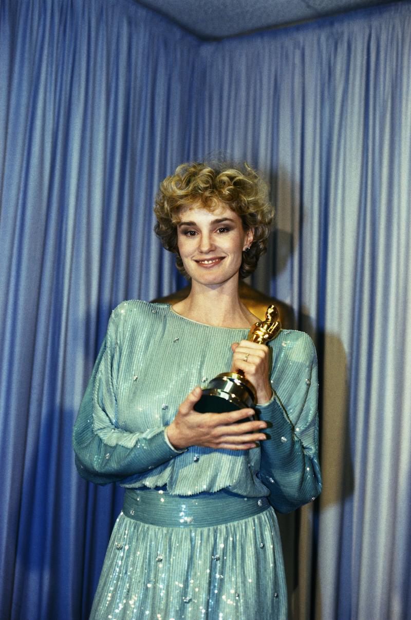 Jessica Lange wins Oscar for 'Tootsie'