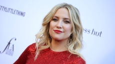 Kate Hudson Wears a Red Dress at the 2019 Daily Front Row Fashion Awards