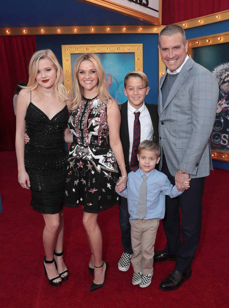 Reese Witherspoon with kids Ava, Deacon and Tennessee as well as husband Jim Toth