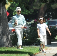selma-blair-boyfriend-david-price-son-arthur