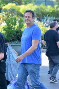 Vince Vaughn Son >> Vince Vaughn Takes Son Vernon To Disneyland For 6th Birthday