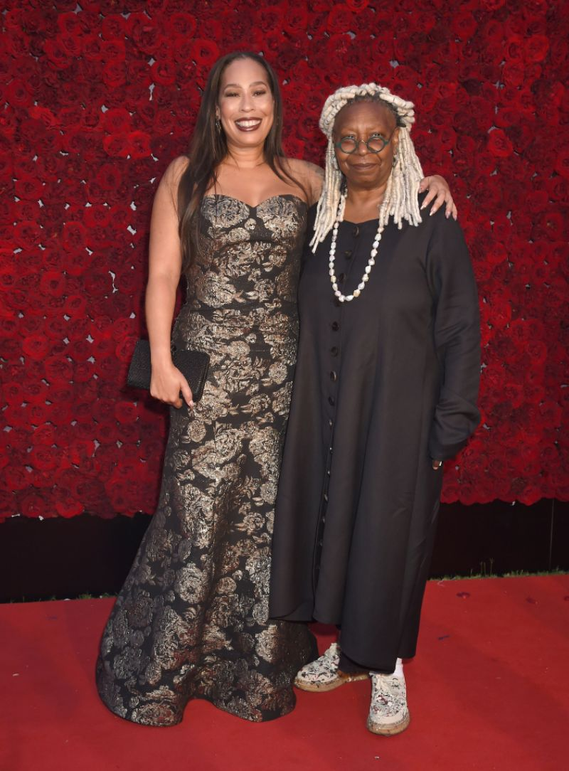 who-is-whoopi-goldbergs-daughter-meet-only-child-alex-martin