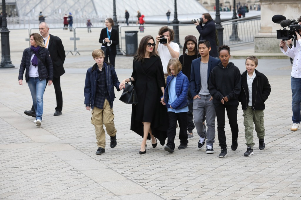 Angelina Jolie leaves the Louvre with her children