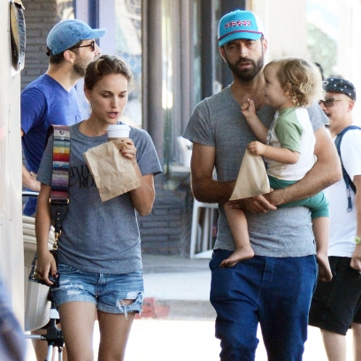 Natalie Portman Family Breakfast