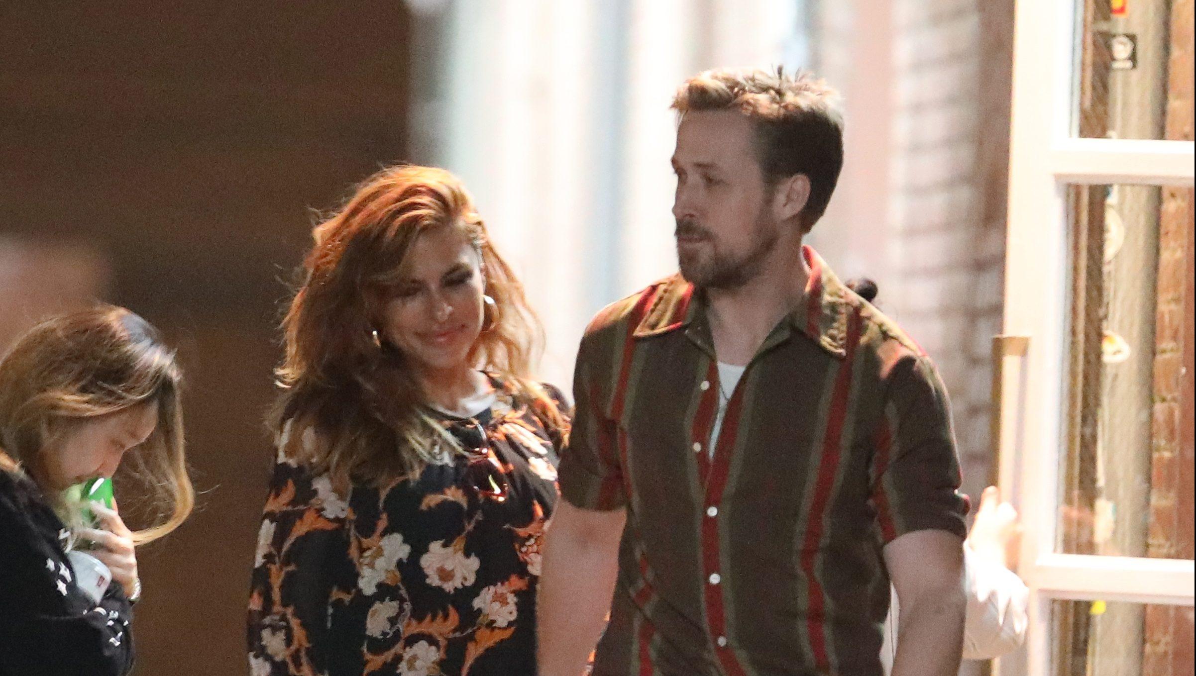 Ryan Reynolds dating Charlize Theron