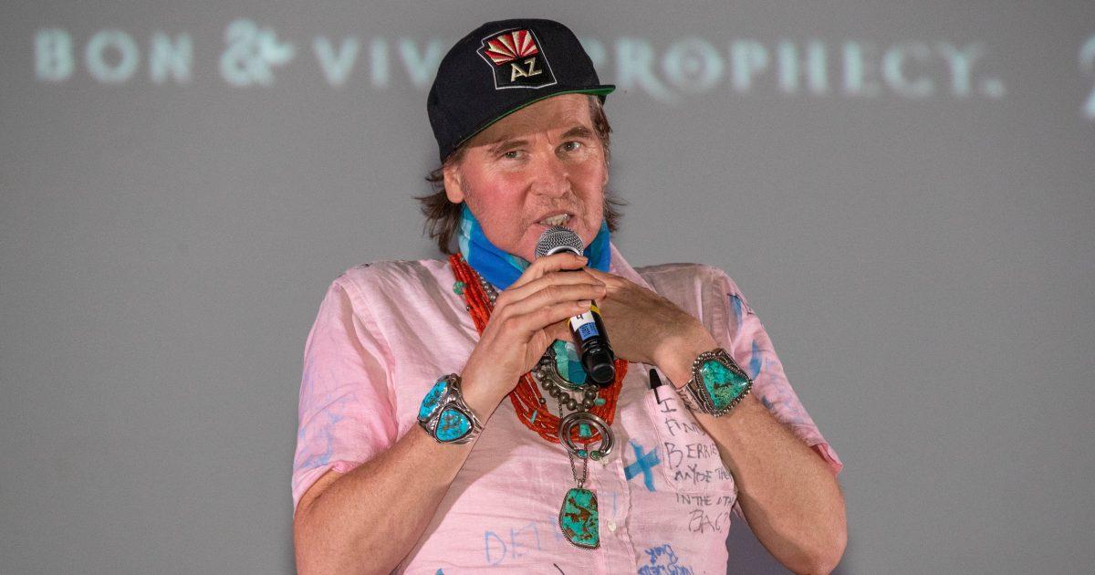 Val Kilmer Makes Rare Public Appearance to Introduce 'Top Gun'