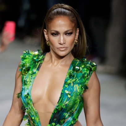 Jennifer Lopez Brings Back Iconic Versace Dress During 2019 Fashion Week