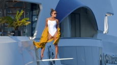 jennifer-lopez-shows-off-fit-figure-while-posing-on-yacht-diving-board-france-vacation