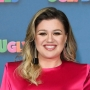 kelly-clarkson-reveals-meryl-streep-is-her-dream-guest