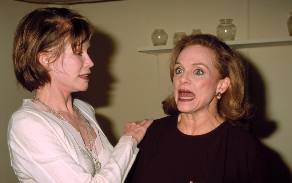 mary-tyler-moore-and-valerie-harper
